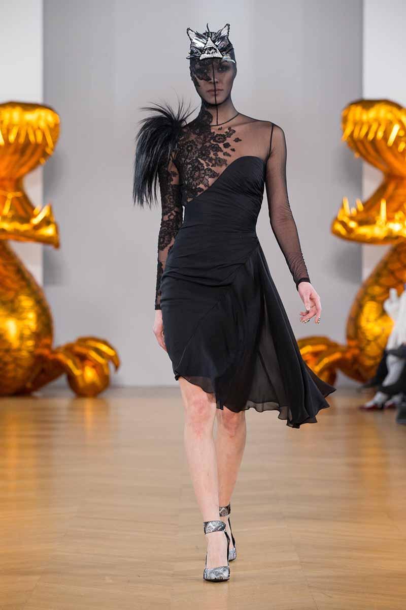Paris Fashion Week 2018: On Aura Tout Vu unveils see